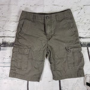 Old Navy Cargo Shorts Green Size 28